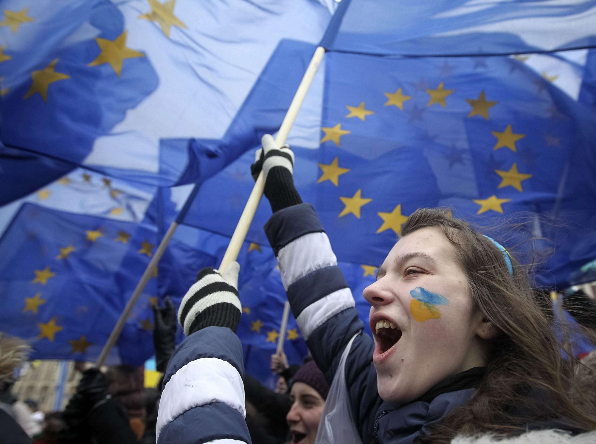 Теперь бизнес в отчаянии – на Украине поняли, почему Янукович не шел на сделку с ЕС