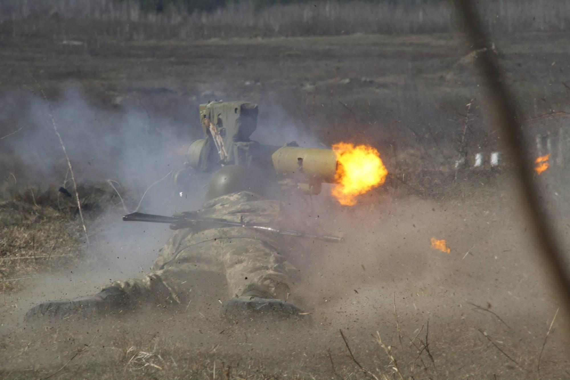 Украинские силовики обстреляли территорию ЛНР